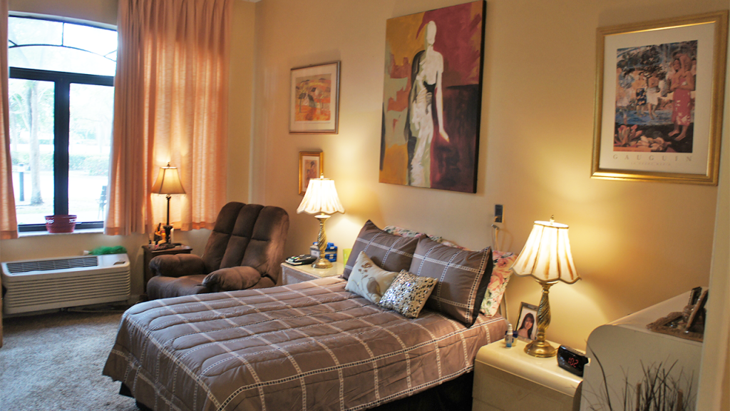 Bedroom 1 – Westchester Sunrise
