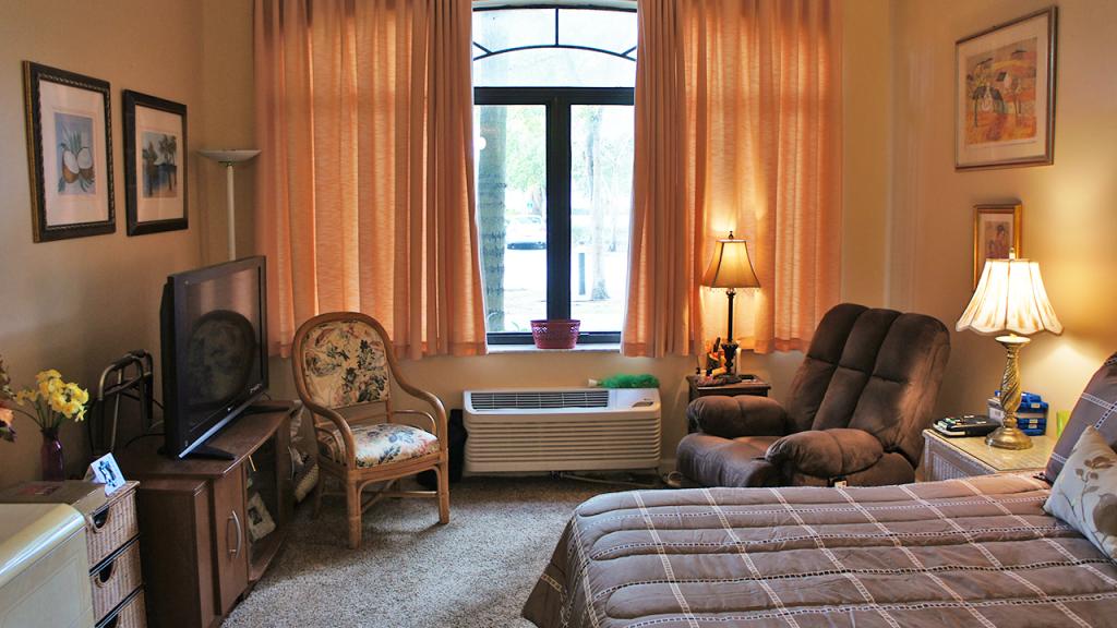 Bedroom 1.3 – Westchester Sunrise
